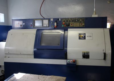 CNC LATHE MACHINE (Large)